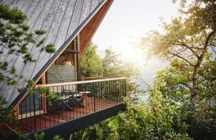 Luxus auf 1.054 Metern, eingebettet in die traumhafte Tiroler Naturwelt