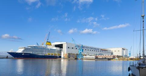 Kedi Hotel Papenburg + Meyer Werft Besichtigung