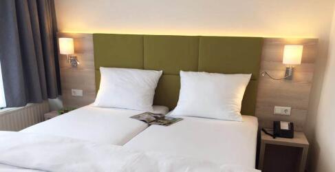 hotel-am-kurpark-2