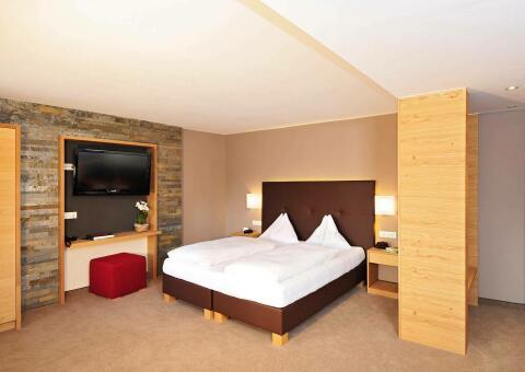 maraias-luxury-suites-0