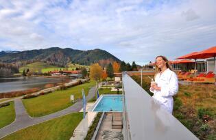 Wellness und Badespaß für die ganze Familie in den bayerischen Alpen