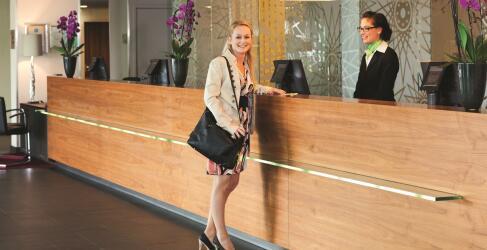 Mövenpick Hotel Amsterdam City Centre-2