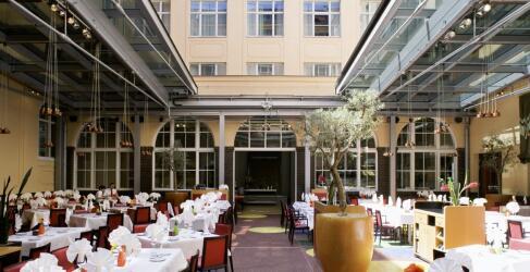 Mövenpick Hotel Berlin-4