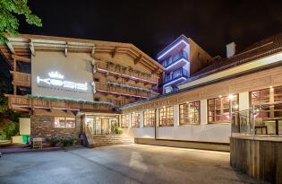 Modernes Wohlfühlhotel in traumhafter Panoramalage im Zillertal