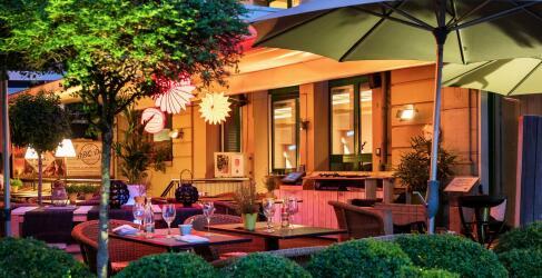 Central Plaza Hotel-3