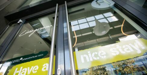Arcotel Donauzentrum Vienna-1