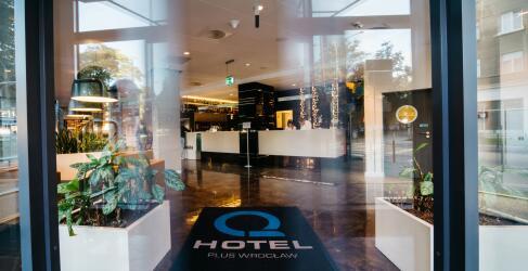 Q Hotel Plus Wroclaw-11
