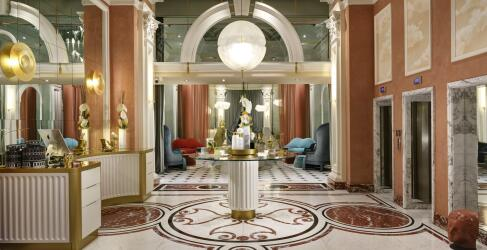 Leon's Place Hotel-10
