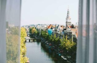 Erleben Sie eleganten Luxus in der Amsterdamer Altstadt direkt an der Amstel